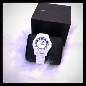Marx by March Jacobs white watch like new  women's